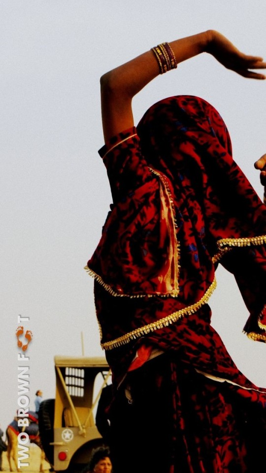 Dance - Sam Desert, Rajasthan, India.