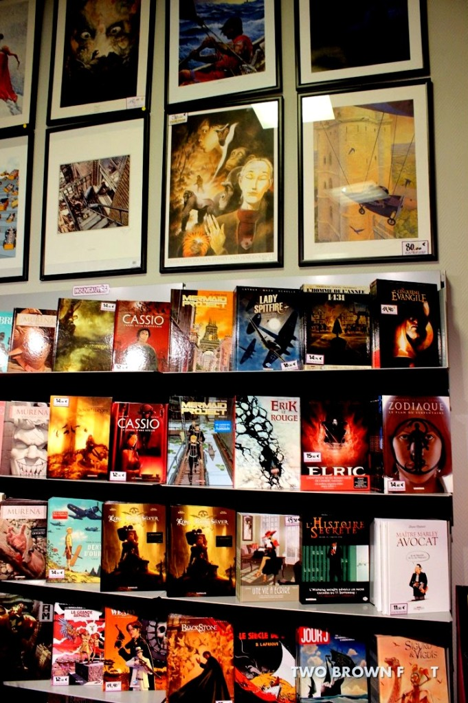Array of Graphic Books - Comics Cafe